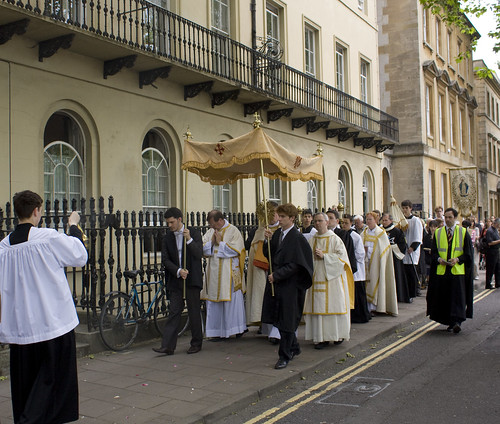The Procession passes St Benet's Hall