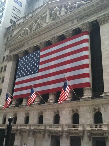 Bolsa de Nueva York, al final de Wall Street partiendo de Water Street