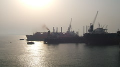 ASRY Yard (Gunnar the Grey) Tags: yard bahrain ship tanker manama odfjell asry