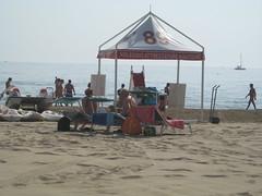 Rimini - Gazebo dei mosconi (Terry.04) Tags: riviera mare rimini romano bagno 2010 adriatico marinacentro romagnola