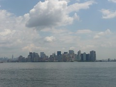 Manhattan skyline (Marc Ben Fatma - visit sophia.lu and like my FB pa) Tags: panorama usa newyork skyline bay skyscrapers manhattan financialdistrict bateau baie gratteciel