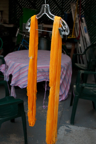 Drip Drying Mango Yarn