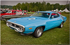 Petty Blue Plymouth (Mark O'Grady\MOSpeed Images) Tags: plymouth mopar 1972 roadrunner carphotos automotivephotography chryslercorporation carphotographs fleetwoodcountrycruizein v8cruisercoupes moparponies