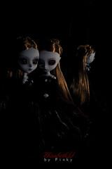 Through the looking glass (pinkydodi) Tags: vampire groove pullip elisabeth miror junplanning