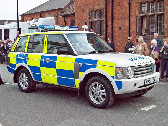 police 4wd rover land british 2000s