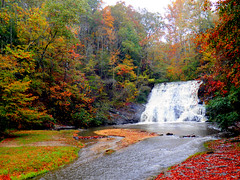 Cane Creek Falls-Located on the grounds of Camp Glisson (Robert Lz) Tags: autumn waterfalls northgeorgia unitedmethodistchurch dahlonegaga campglisson canecreekfalls beautifulfallweather georgiapowerco giantwaterwheel generatedpower electricityfordahlonega