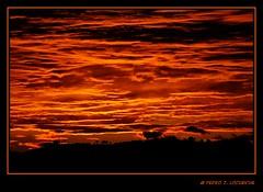 Sabadell, 01 Novembre 2010, 17:52 (Perikolo) Tags: sunset sol atardecer puesta posta sabadell capvespre mygearandmepremium mygearandmebronze mygearandmesilver mygearandmegold mygearandmeplatinum