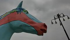 il covo degli Achei (gufino (out for awhile)) Tags: italia nuvole arte milano cielo cavallo lombardia lampione scultura stazionecentrale
