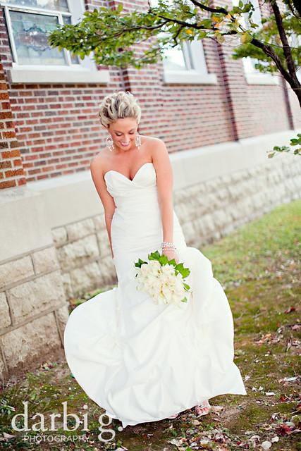blog-Kansas City wedding photographer-DarbiGPhotography-ShannonBrad-106