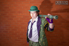 IMG_1793.jpg (Neil Keogh Photography) Tags: gloves tie dccomics theriddler shirt bowlerhat pants tv jacket questionmark videogames film male boots purple batman suit manchestersummerminicon cosplay cosplayer black green glasses comics walkingcane white