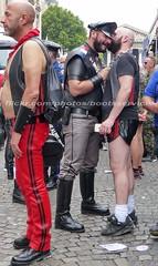 """bootsservice 17 1600622 (bootsservice) Tags: paris """"gay pride"""" """"marche des fiertés"""" bottes cuir boots leather sm motards motos motorcyclists motorbiker caoutchouc rubber uniforme uniform"""