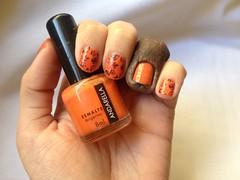 Tangerina (Andarella) + carimbo (Daniela nailwear) Tags: tangerina andarella laranja cremoso carimbo c08 hits speciallità azul konad m65 esmaltes mãofeita nailart