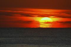 mundo vermelho - red world (@uroraboreal) Tags: blue sunset sea portugal azul mar pôrdesol redworld uroraboreal mundovermelho