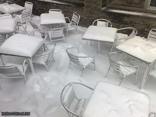 Nieve, ventisca y cervezas en el día 5 en Pas de la Casa
