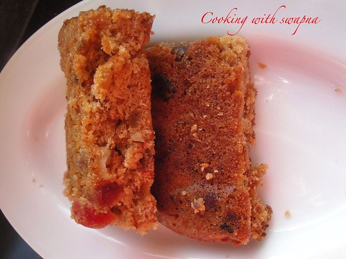 Cooking With Swapna: Rich old-fashioned fruit cake