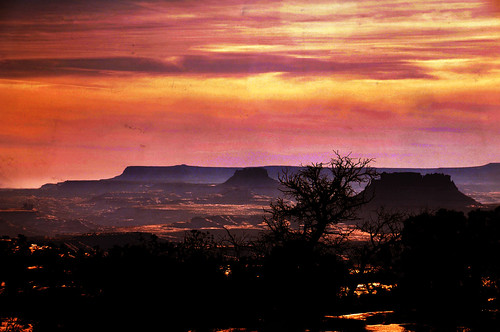 CAnyonlands artistic texture on sunset clouds color adj