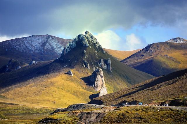 Tibet བོདon the Tibetan Plateau བོད་མཐོ་སྒང