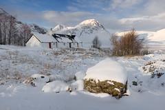 Black Rock Cottage & Buachaille Etive Mor (Ally Mac) Tags: winter white house mountain snow mountains canon scotland highlands snowy cottage glen clear glencoe wilderness cpl etive wintery rannochmoor 1755 40d