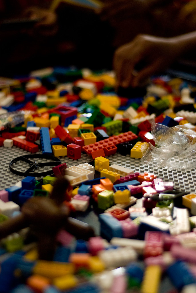Lego Table_ENE_020210