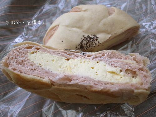 六福玫瑰起司麵包斷面