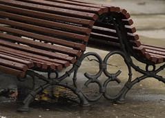 Corazones forjados (Gerard Girbes) Tags: barcelona street wood city urban españa brown water rain geotagged grey gris design calle lluvia spain madera agua espanha industrial heart banco twin ground ciudad olympus catalonia rainy creativecommons sit catalunya terra diseño espagne cor corazón carrer aigua banc fusta cataluña spagna 2010 ciutat suelo estructura gemelos sentarse sanvalentín espanya pluja unidos e330 marrón forja ligadura atados forjados gegebe geoetiquetadas gerardgirbesberges