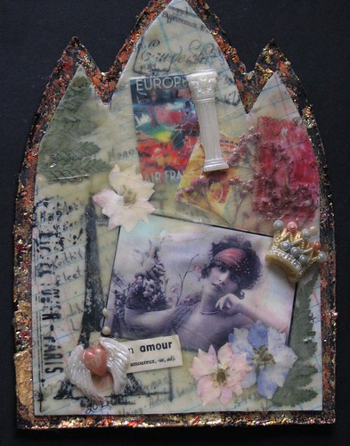 Amour Beeswax Collage Gothic Arch 001