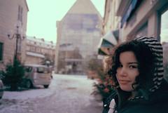 (okty1) Tags: camera trip travel viaje winter portrait woman film smile field europa europe downtown centro rangefinder olympus center invierno 28 sonrisa xa zuiko 2009 depth compact 2010 picardie utc oise compiegne profundidad compiee