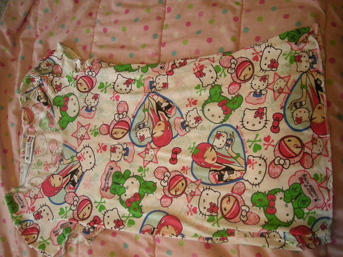 My Tokidoki x Hello Kitty top pic.2