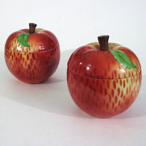 Yummy Porcelein Apple Bowls - Czechoslovakia