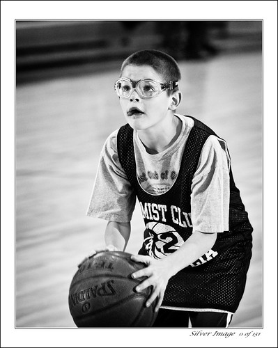 PeeWee bball - The focus (by Silver Image)