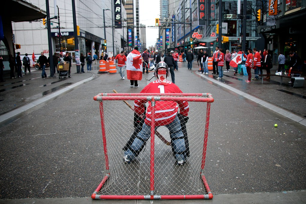 Road Hockey Before THE GAME