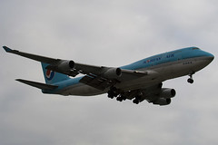 HL7495 - 28096 - Korean Air - Boeing 747-4B5 - Heathrow - 080318 - Steven Gray - IMG_0858