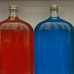 [Paris] Des bouteilles de couleurs thumbnail