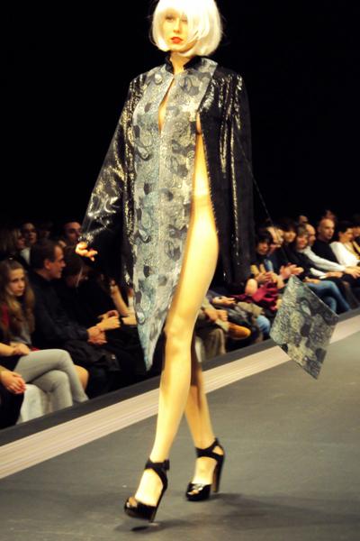 fashionarchitect_AXDW_03_2010_Ioannis_Guia_02