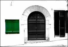 Portic verd (Pemisera) Tags: street door calle puerta catalonia porta porte catalunya rue sitges carrer garraf catalua catalogna catalogne katalonia pemisera