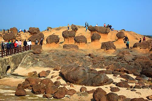 30H8野柳地質公園-蕈狀岩
