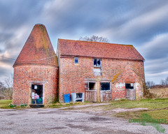 Oast House, Tunbridge Wells, Kent, 28th March 2010 by GIANTSFOOTSTEPS (giantsfootsteps) Tags: old uk england barn landscape kent nikon farm hdr tunbridgewells d300 oasthouse