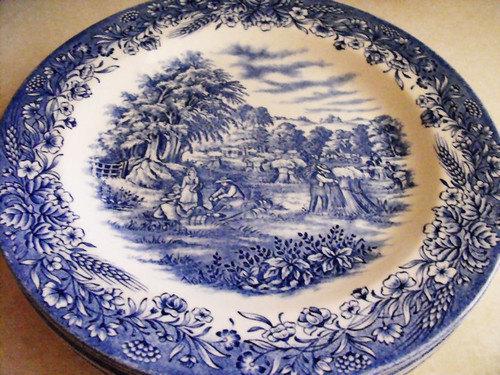 Currier & Ives Dinnerware
