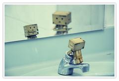 | Its Me | (Rajendran Rajesh) Tags: kolam aby danbo d90 revoltech rajeshpics nikond90 dsc6198 danbomini rajendranrajesh cardboardtoy 365dayswithdanbo danboinsingapore