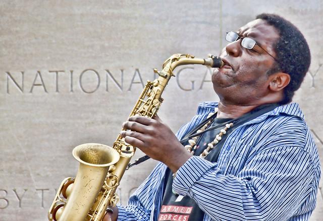 Street saxophone
