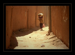 The Kasbah of Tamegroute (scrabble.) Tags: woman morocco marokko steegje zand kasbah tamegroute anawesomeshot almarib