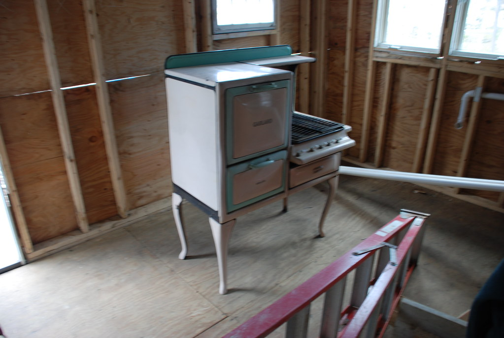 the vintage stove I want to cook on