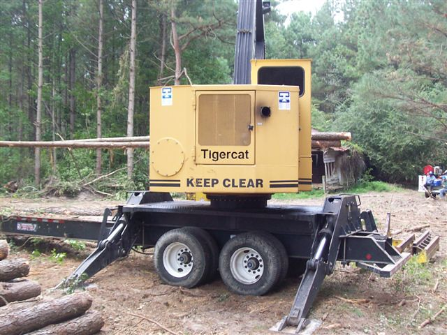 Tigercat 240B Knuckleboom Loader with CSI 264 Delimber for Sale by Jesse Sewell