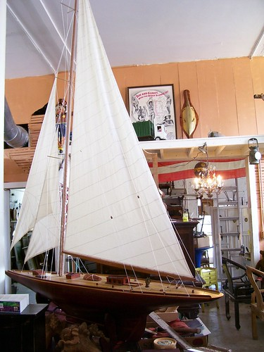 toy boat model sail