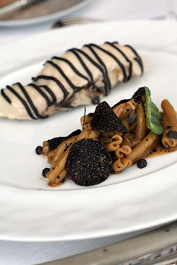 Chicken, noodles and Truffles