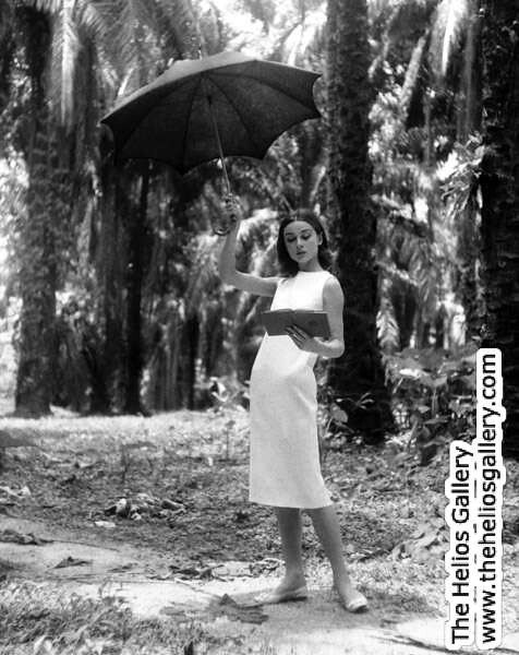 0218 [Audrey Hepburn] (The Nun's Story) UMBRELLA PORTRAIT_(c)_Leo_Fuchs_Photography_(www.leofuchs.com) by Leo Fuchs Archives
