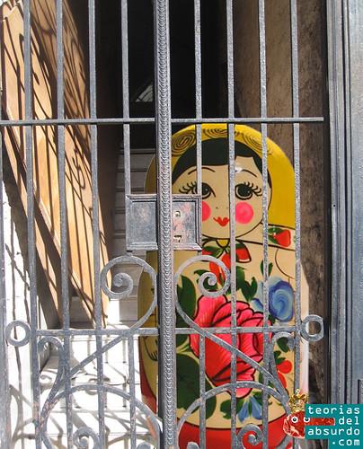 muñeca babushka encerrada