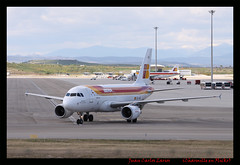 EC-JVE (Larios252) Tags: madrid canon eos is planes l 70200 f4 spotting aviones barajas lemd 50d