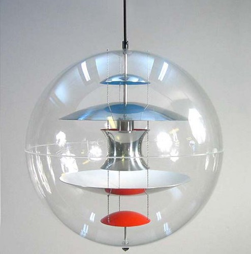 VP Globe - Verner Panton (1969) | Design Verner Panton | powered by tagwerc