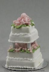 Pink Roses Wedding Cake 1:24
